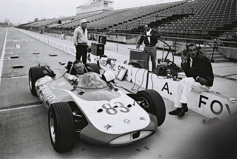 Duane carter in Thompson racer at indy in november 1963
